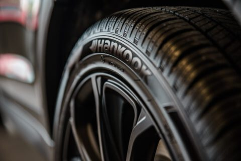 close-up-photography-of-vehicle-wheel-and-hankook-tire-1236788