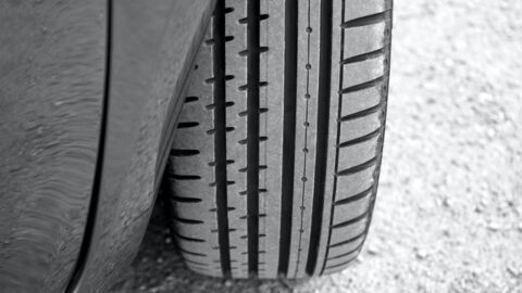 vehicle-tire-441103